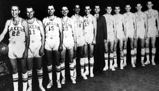 Minneapolis Lakers team photo