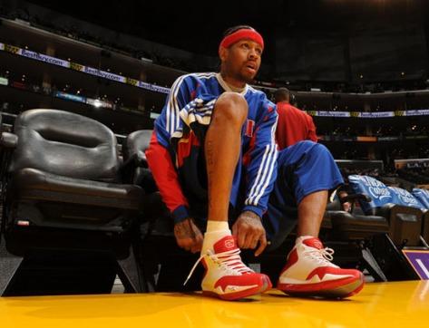 Detroit Pistons s v Los Angeles Lakers