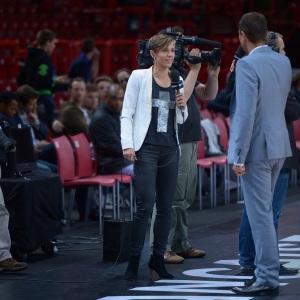 Celine Dumerc - commentaire ASG 2012 Sport+ (c) Romain Chaib