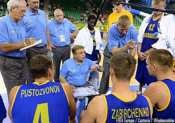 Mike Fratello sélectionneur de l'Ukraine (c) Fibaeurope.com