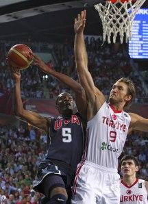Kevin Durant face à la Turquie en finale (c) imagesslides.com