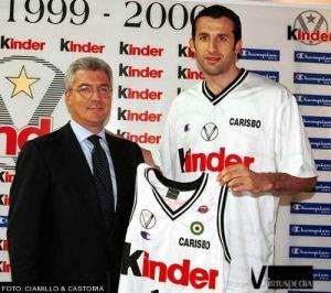 Rigaudeau avec le maillot de Bologne (c) Ciamillo & Castoria