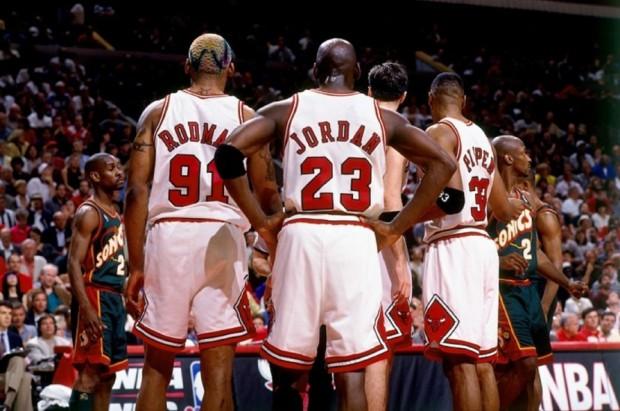 Michael-Jordan-Scottie-Pippen-and-Dennis-Rodman