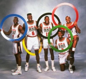 american-dream-team-barcelona-1992-jordan-ewing-johnson-mal
