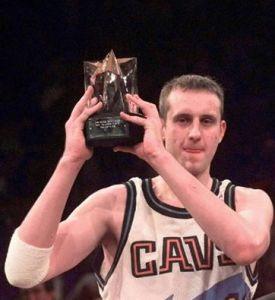 Zydrunas Ilgauskas - MVP Rookie Game 1998 (c) Page Facebook Zydrunas Ilgauskas