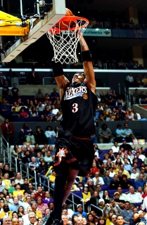 Copyright 2003 NBAE (Photo by Noah Graham/NBAE/Getty Images)