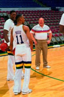 Rudd enfile enfin le jersey des Utah Jazz - © nba.com