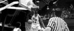 [NCAA] Le poster dunk � explosif � de Jerome Lane en 1988