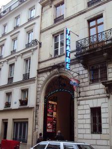 Entrée de l'Union des Jeunes Chrétiens de Paris au 14, rue de Trévise à Paris.
