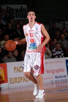Nando De Colo (c) cholet-basket.com