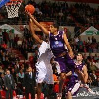 Nicolas Batum en Euroligue avec le MSB face à Efes Istanbul (c) basketactu.com