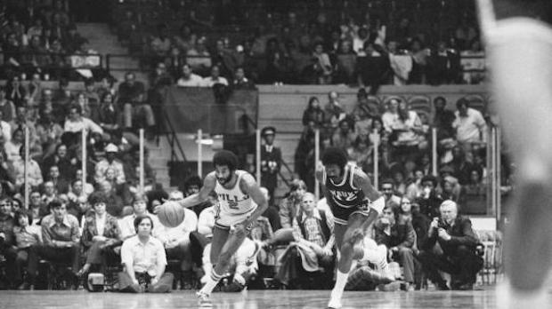 Norm Van Lier - Chicago Bulls (c) Walter Iooss Jr. - Sports Illustrated/Getty Images
