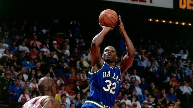 Jamal Mashburn - Dallas Mavericks (c) Getty Images Sport - Bill Baptist