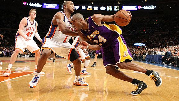 Kobe Bryant face aux Knicks au Madison Square Garden en 2009 (c) BUTLER - GETTY