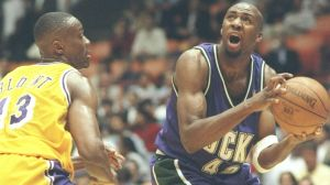 Vin Baker - Milwaukee Bucks (c) sportingnews com