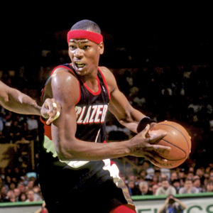Portland Trailblazers Cliff Robinson vs Boston Celtics Robert parish 1992