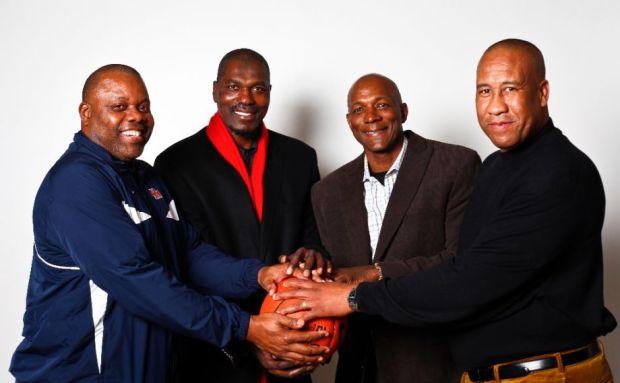 Michael Young - Hakeem Olajuwon - Clyde Drexler, et Larry Micheaux, mem4bres du Phi Slamma Jamma (c) Michael Paulsen, Houston Chronicle