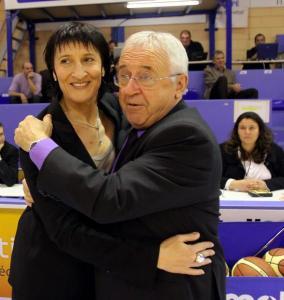 Valérie Garnier et Alain Jardel lors de leurs retrouvailles en 2010 en LFB - Toulouse vs Tarbes (c) Photo DDM - Laurent Dard