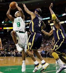 Rajon Rondo, auteur de so premier triple-double en NBA, face aux Pacers (c) AP Photo