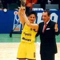 Sandy Brondello MVP du Final Four de l'Euroligue 1996 avec Wuppertal (c) Nicotango.com