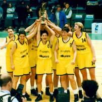 Sandy Brondello vainqueur de l'Euroligue 1996 avec Wuppertal (c) Nicotango.com