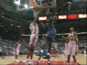 Kevin Garnett dunk Dikembe Mutombo