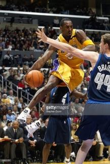 Kobe Bryant Lakers Mavs 2002