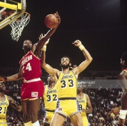 Rockets-Lakers 1981 Moses Malone - Kareem