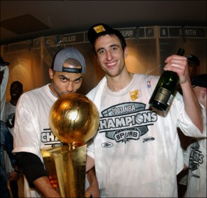 Parker et Ginobili champion NBA 2003 (c) Getty
