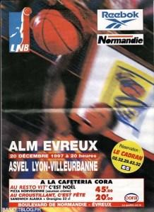 Programme du match ALM-ASVEL du 20 décembre 1997 avec Claude Willimans en fondu. Victoire de l'ASVEL sur un tir au buzzer de Delaney Rudd. (c) BASKETBLOG.FR