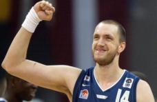 Frédéric Weis-Equipe de France (c) parlons basket