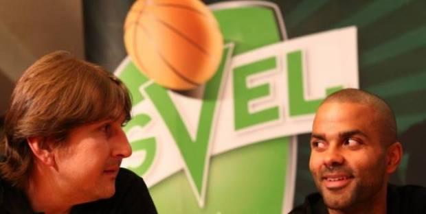 Laurent Foirest et Tony Parker, anciens coéquipiers en équipe de France, ont travaillé ensemble à l'ASVEL (c) EQ