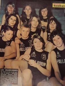 Les demoiselles de Clermont dans L'Equipe Basket en 1976.