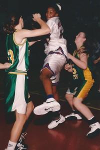 Tamika Catchings lors de la saison 96-97 avec Duncanville (c) Barry Mccoy
