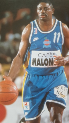 Michael Ray Richardson sous le maillot d'Antibes @ Lire d'Or 1995