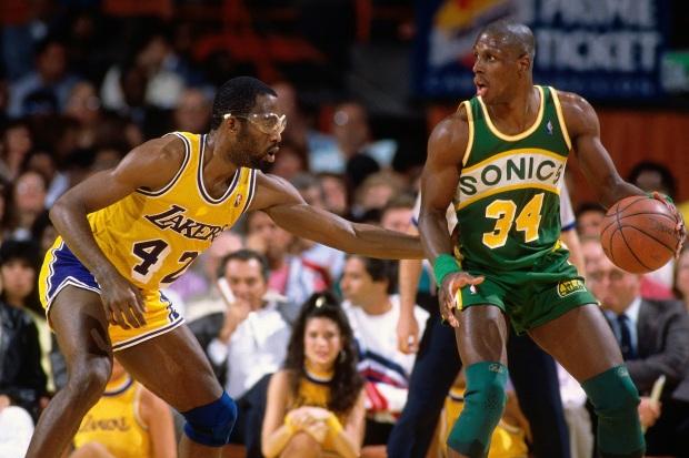 Los Angeles Lakers vs. Seattle Supersonics